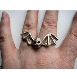 Skull Ring Bat Wings Double Finger Ring