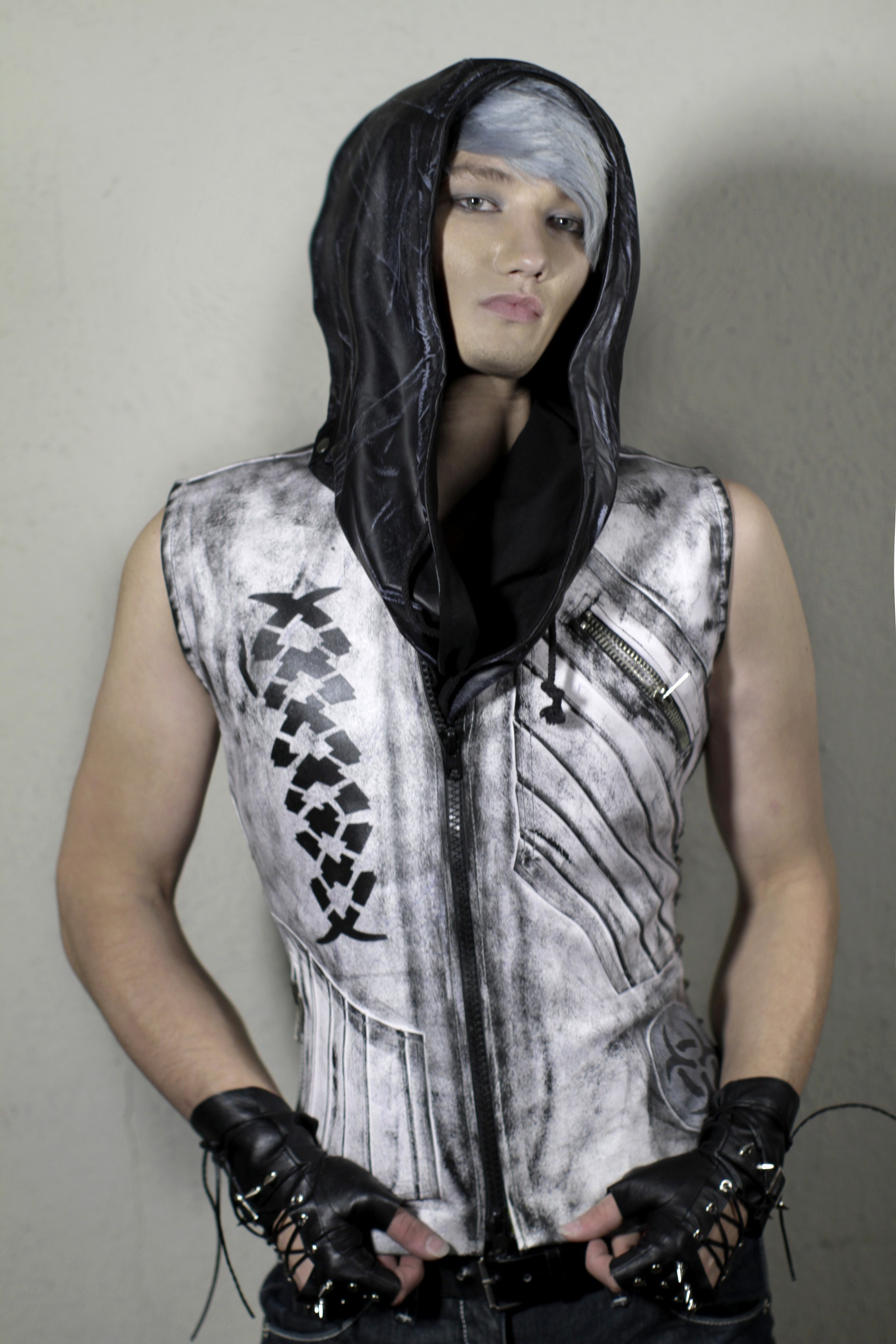 exnihilo_removable_hooded_vest_white_variant_two_hoodies_and_sweatshirts_6.jpg