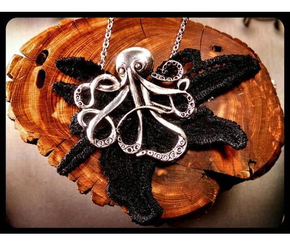 gothic_antique_silver_octopus_black_lace_oddities_stainless_steel_necklace_necklaces_4.jpg