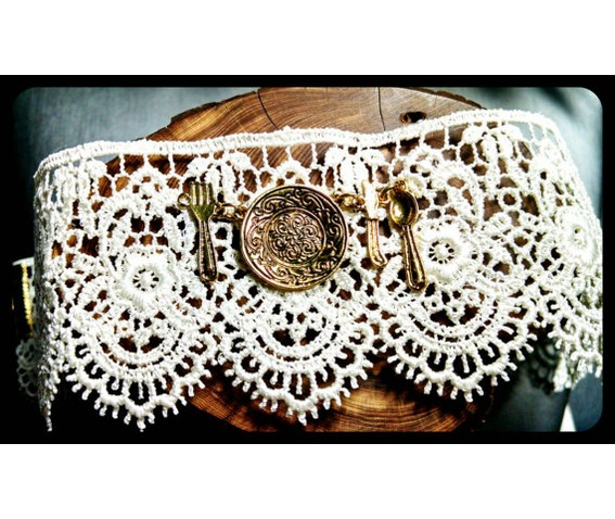 handmade_gold_silverware_place_setting_ivory_white_lace_choker_necklace_necklaces_5.jpg