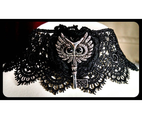 handmade_antique_silver_owl_key_black_lace_choker_necklace_steampunk_necklaces_5.jpg