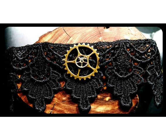 handmade_antique_bronze_steampunk_gear_trio_black_lace_choker_necklace_necklaces_6.jpg