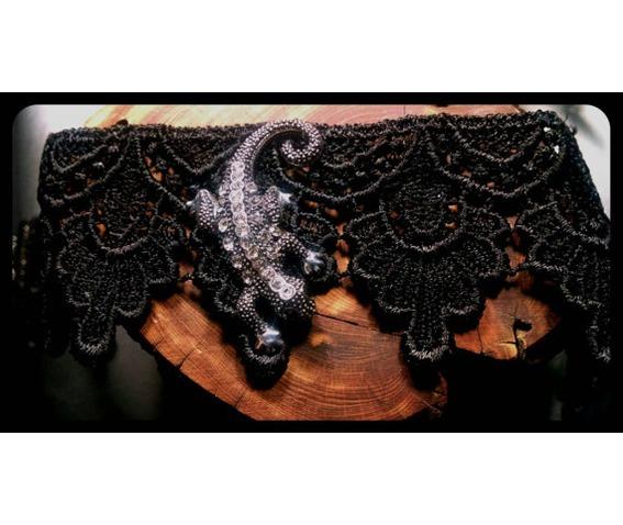 handmade_crawling_lizard_salamader_newt_black_lace_choker_necklace_necklaces_6.jpg