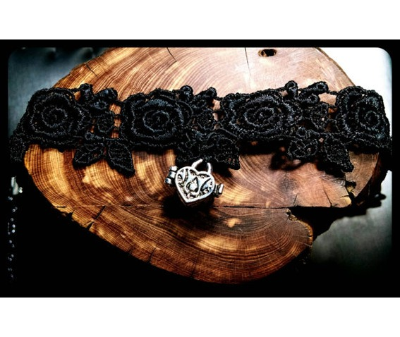 handmade_silver_heart_message_box_love_note_rose_black_lace_choker_necklace_necklaces_6.jpg