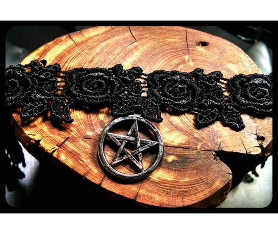 handmade_silver_pentagram_pagan_wiccan_star_rose_black_lace_choker_necklace_necklaces_4.jpg