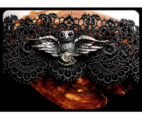 handmade_antique_silver_flying_owl_hedwig_black_lace_choker_necklace_necklaces_4.jpg