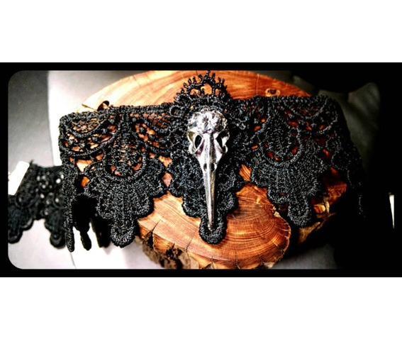 handmade_silver_raven_bird_skull_black_lace_choker_steampunk_necklace_necklaces_6.jpg