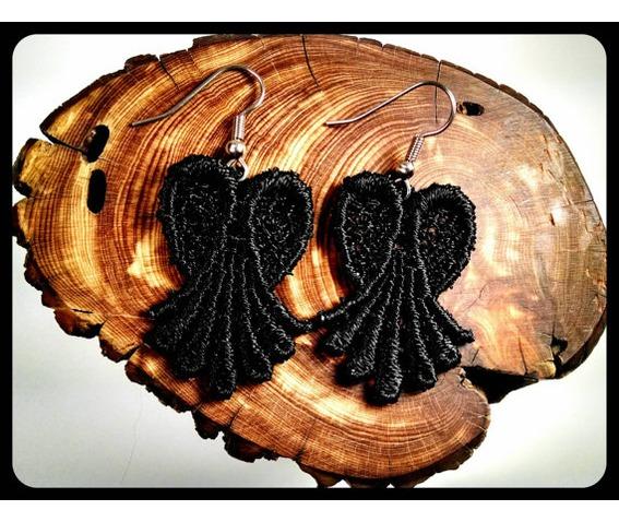 handmade_hypoallergenic_black_lace_heart_earrings_surgical_steel_earrings_3.jpg