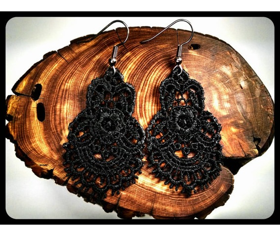 handmade_hypoallergenic_black_lace_surgical_steel_earrings_victorian_earrings_2.jpg