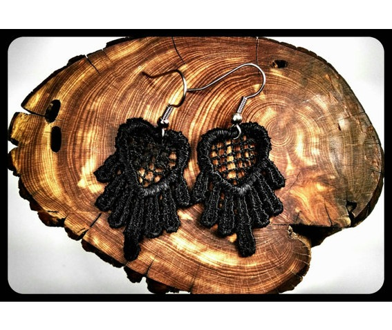 handmade_hypoallergenic_heart_black_lace_earrings_surgical_steel_earrings_2.jpg