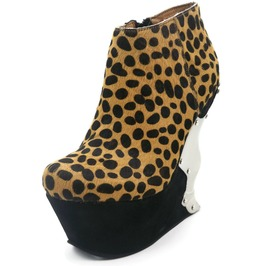 Hades Shoes Women's Pantera Leopard Print Wedges