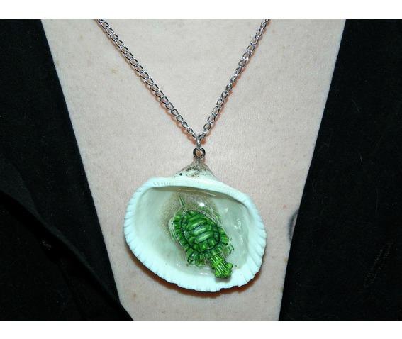 tiny_turtle_jacuzzi_seashell_necklace_necklaces_9.jpg