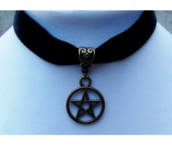 gothic_pagan_witch_bronze_plated_pentacle_pendant_black_velvet_choker_necklaces_2.jpg