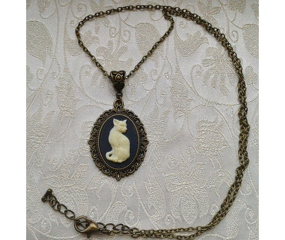 gothic_pagan_witch_cat_cameo_bronze_plated_pendant_necklace_necklaces_3.jpg