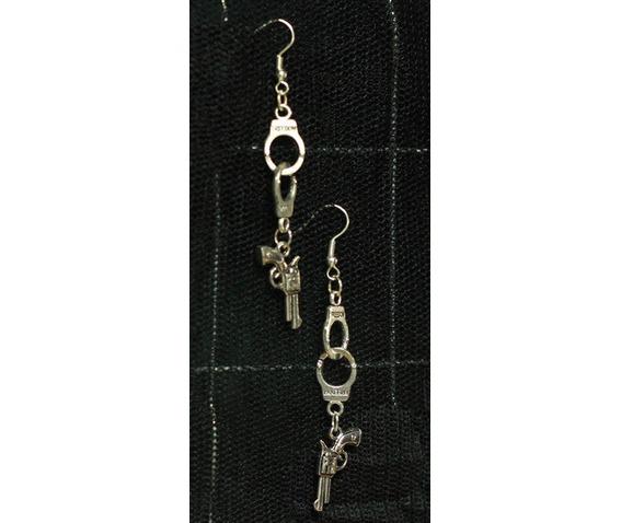 pistol_freedom_handcuff_earrings_belts_and_buckles_2.jpg