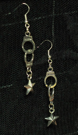 lucky_stars_freedom_handcuffs_earrings_belts_and_buckles_2.jpg