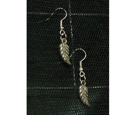shaking_leaf_earrings_belts_and_buckles_2.jpg