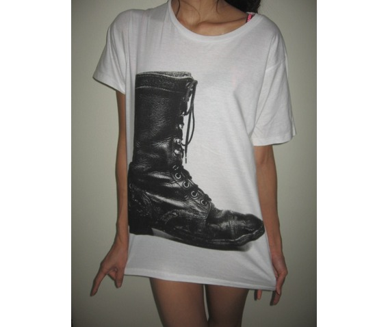boots_vintage_fashion_pop_rock_t_shirt_m_t_shirts_3.JPG