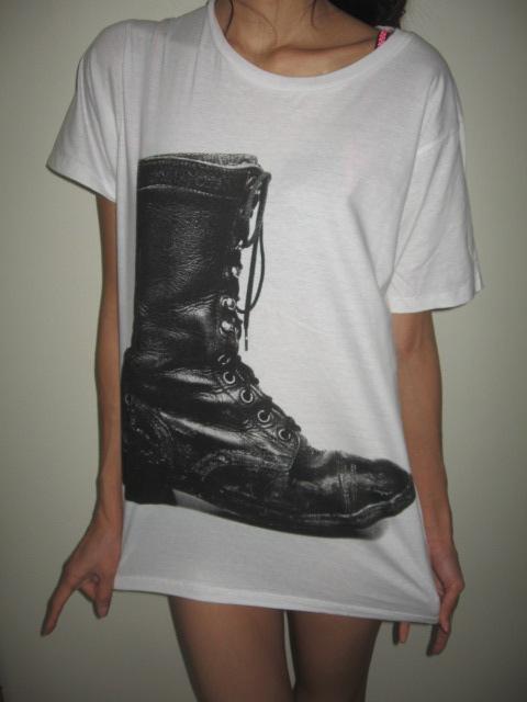 boots_vintage_fashion_pop_rock_t_shirt_m_t_shirts_3.JPG