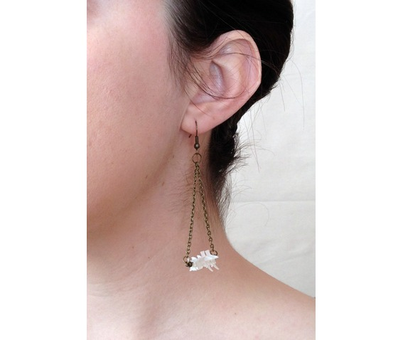 snake_vertebrae_chandelier_earrings_earrings_4.JPG