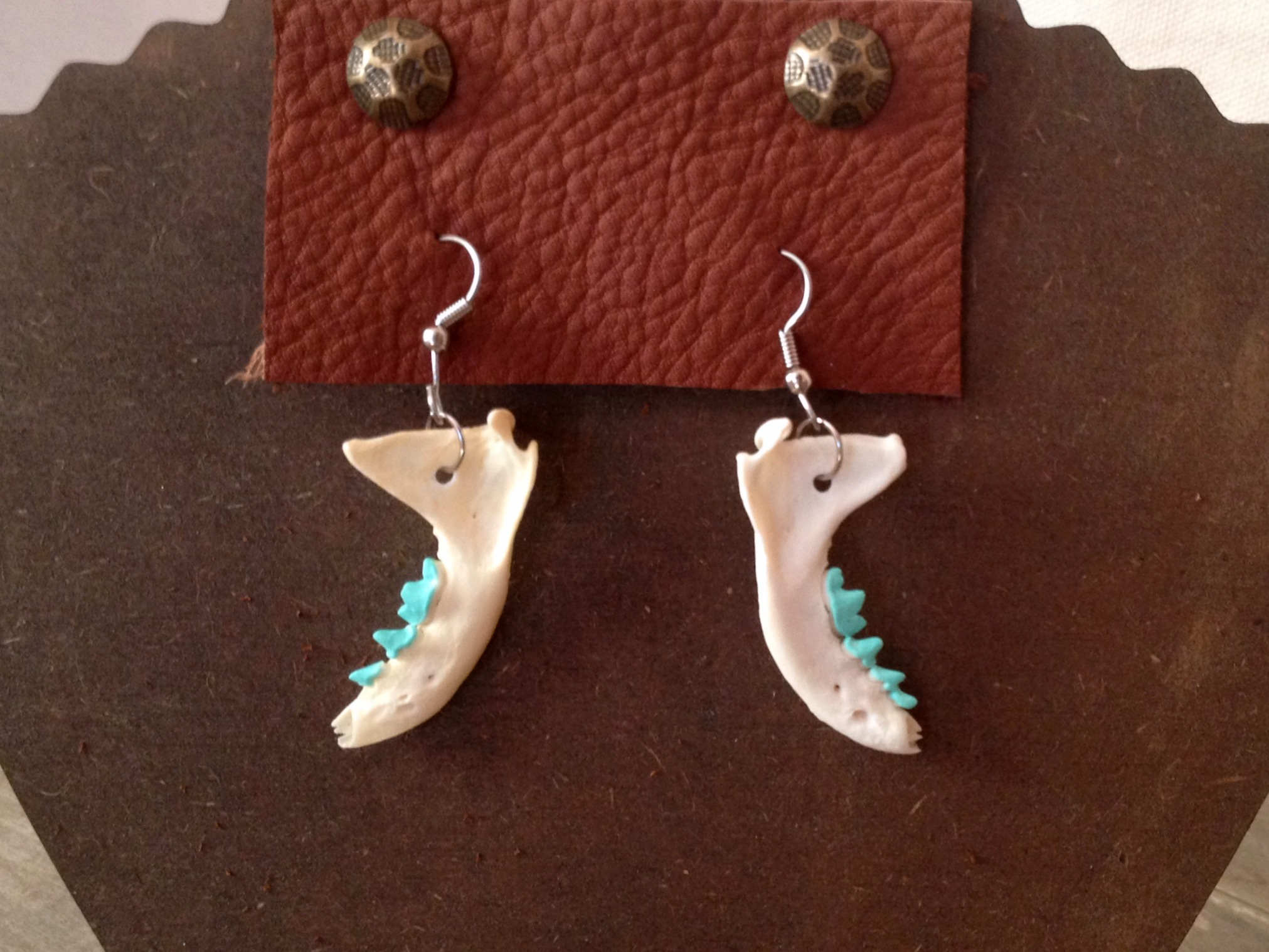 tiny_mint_jaw_bone_earrings_earrings_4.jpg
