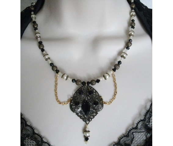 gothic_night_necklace_necklaces_6.JPG