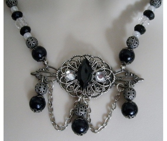 night_serenade_gothic_necklace_necklaces_6.JPG