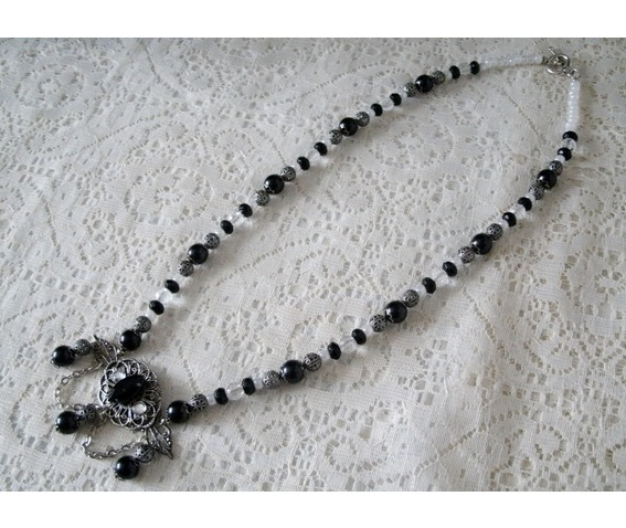 night_serenade_gothic_necklace_necklaces_5.JPG