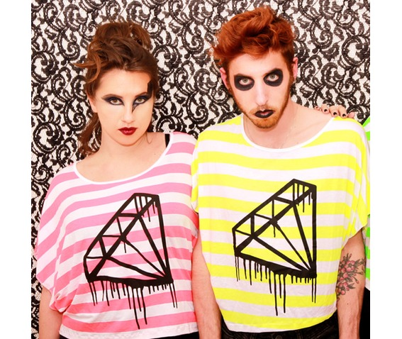 black_bleeding_diamond_tshirt_fluo_neon_pink_green_yellow_stripes_t_shirts_6.jpg