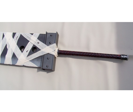 custom_ffvii_buster_sword_kingdom_hearts_version_collectibles_11.jpg