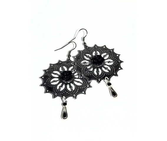 lacy_dangle_earrings_black_roses_earrings_4.jpg
