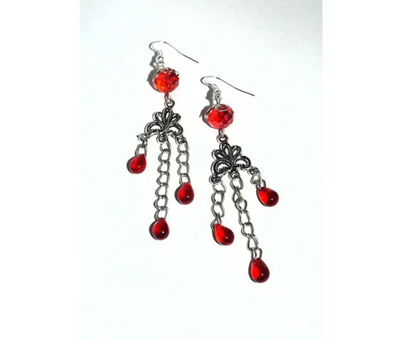 chandelier_earrings_red_beads_looks_blood_drops_earrings_3.jpg