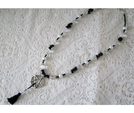 pentacle_tassel_necklace_gothic_jewelry_necklaces_5.JPG