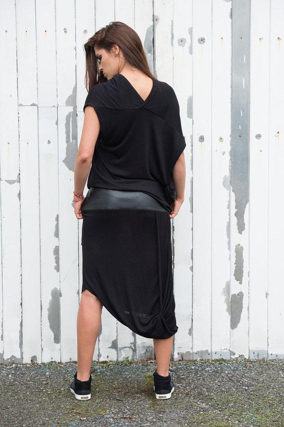 black_draped_dress_leather_detail_dress_draped_tunic_long_dress_leath_dresses_5.jpg