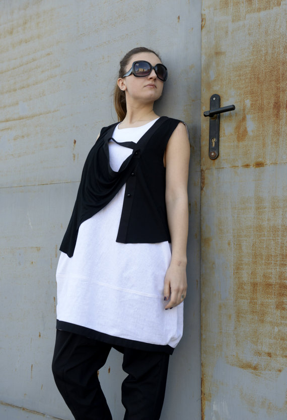 black_white_top_oversize_tunic_sleeveless_top_extravagant_top_tanks_tops_and_camis_5.jpg