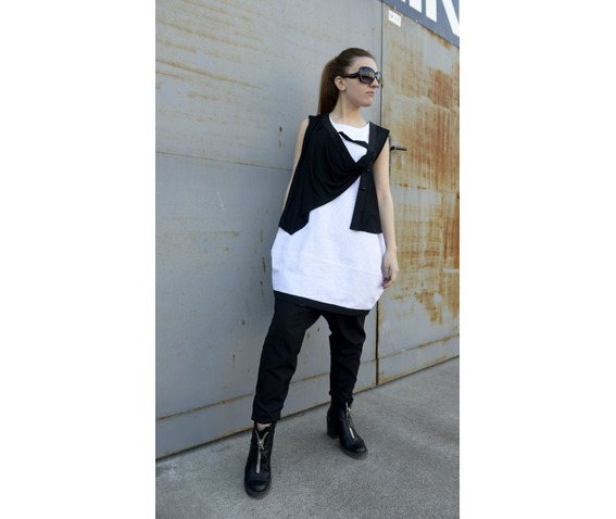 black_white_top_oversize_tunic_sleeveless_top_extravagant_top_tanks_tops_and_camis_4.jpg