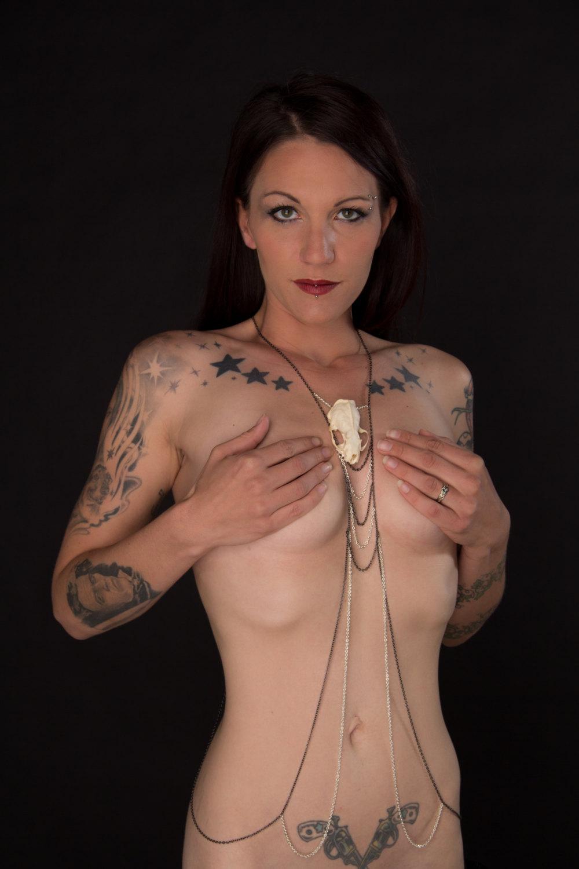 long_mink_skull_body_chain_full_torso_real_skull_taxidermy_jewelry_necklaces_3.jpg