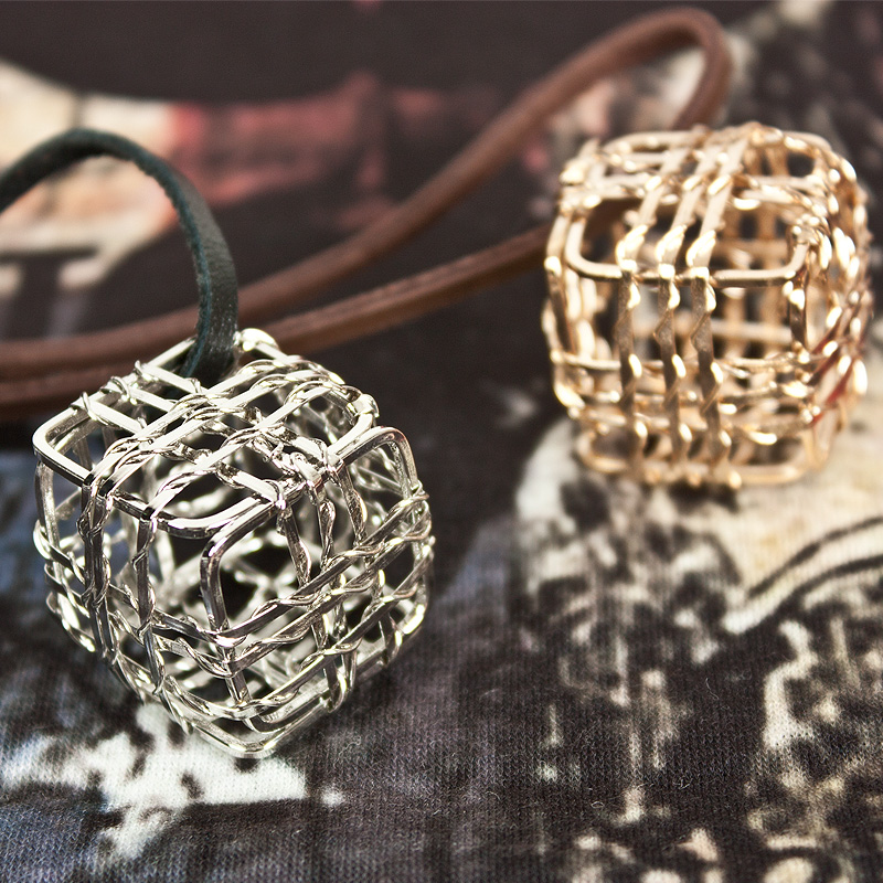 cube_necklace_40_silver__necklaces_3.jpg