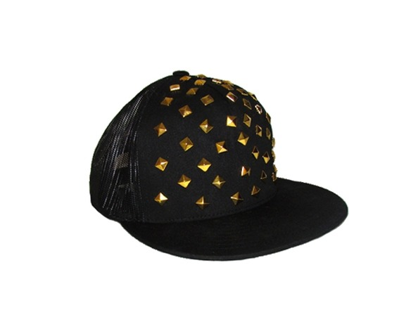gold_studded_snapback_hats_and_caps_4.jpg