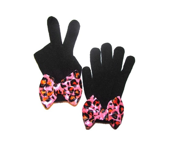 black_mittens_pink_leopard_bow_gloves_3.jpg
