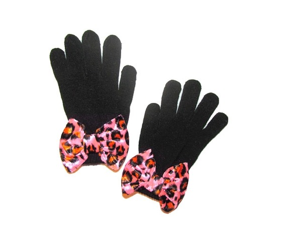 black_mittens_pink_leopard_bow_gloves_3.jpg