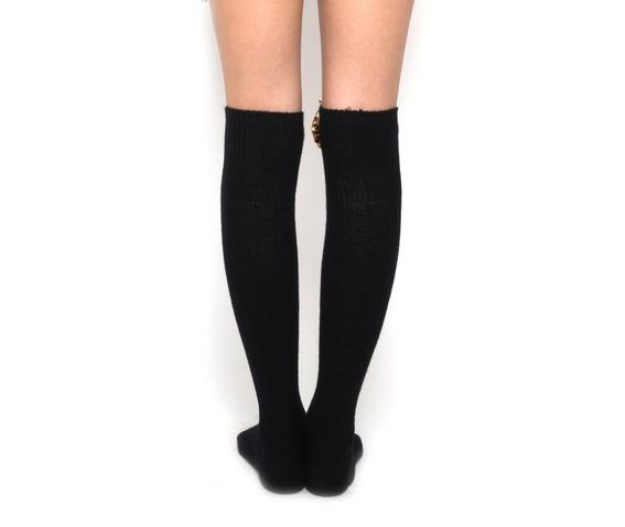 velvet_bow_socks_leopard_gloves_4.jpg