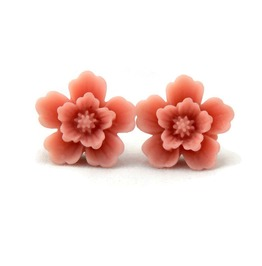 Vintage Inspired Dusty Pink Sakura Flower Earrings