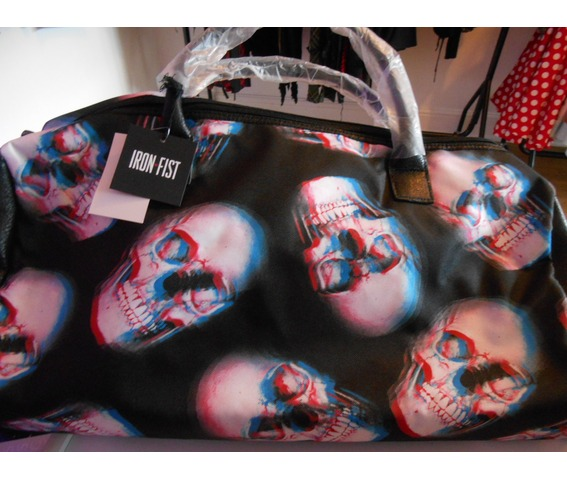iron_fist_skull_doom_weekender_bag_purses_and_handbags_2.JPG