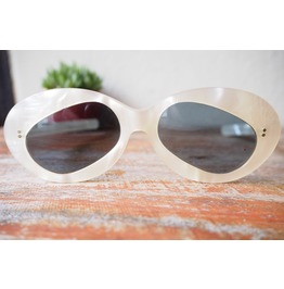Vintage Sunglasses Rare Panda Shaped Lens Mother Pearl 1960's Pop Art