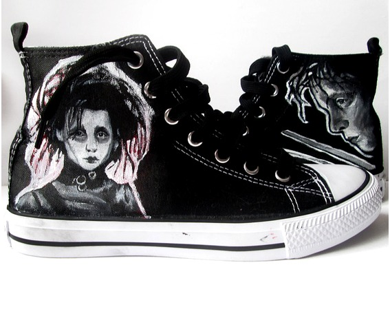 personalized_handpainted_shoes_edward_scissorhands_shoes_tim_burton_fanart_fashion_sneakers_4.jpg