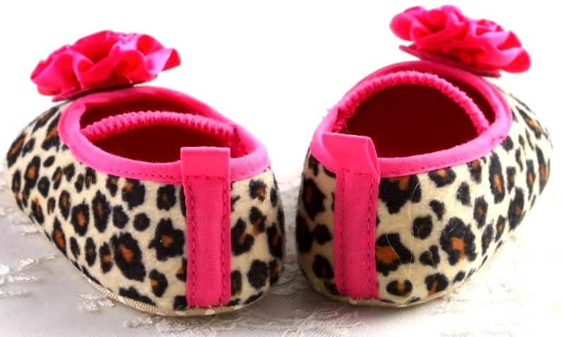 cute_leopard_pumps_child_aged_standard_tops_4.jpg