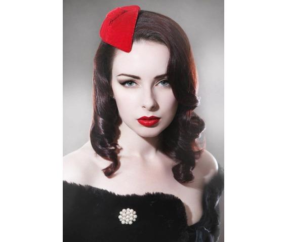 red_velvet_fascinator_hats_and_caps_2.jpg
