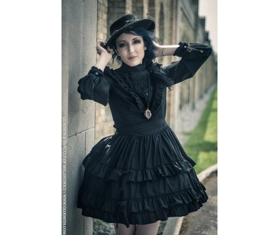 gloomth_victoria_mourning_dress_velvet_trim_dresses_5.jpg