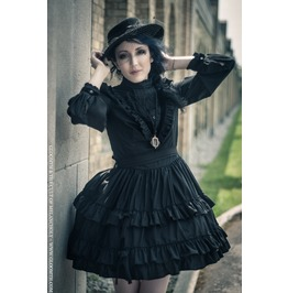 Gloomth Victoria Mourning Dress Velvet Trim